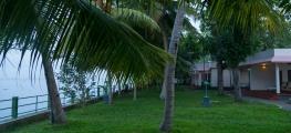 Kumarakom-Resorts-00111